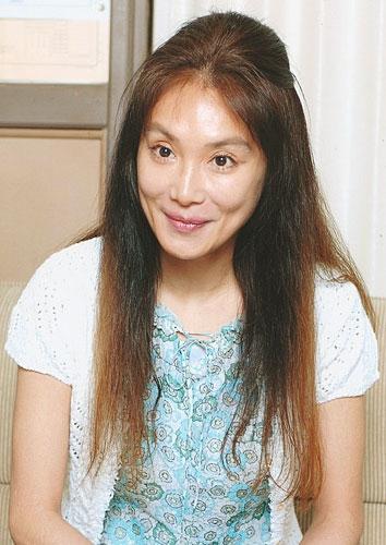 Atsuko-Asano-4b4902add2e97-2050.jpg&width=500&height=800