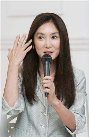 Atsuko-Asano-4b4902c4f21a5-2050.jpg&width=500&height=800