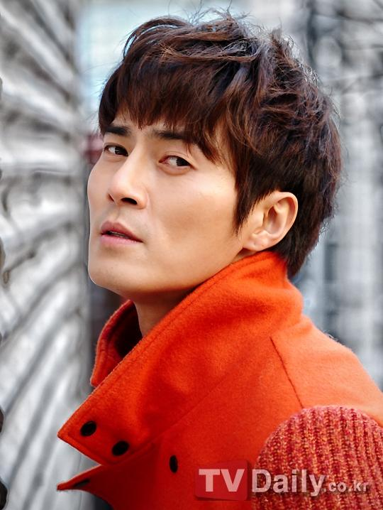 http://www.spcnet.tv/thumbnail.php?img=http://s3.amazonaws.com/spcnet-images/images/actors/Dong-Hyuk-Jo-50bcd9a32a6d4-674.jpg&width=500&height=800