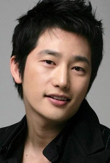 Park Shi Hoo Picture