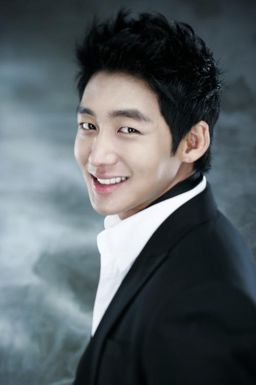 Lee Tae Sung Picture