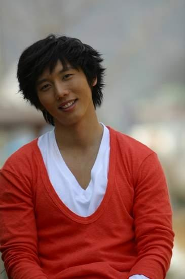Ki Tae Young Picture