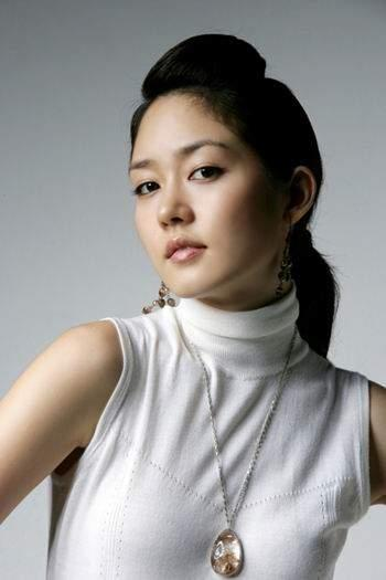 Sung Yu Ri - Wallpaper